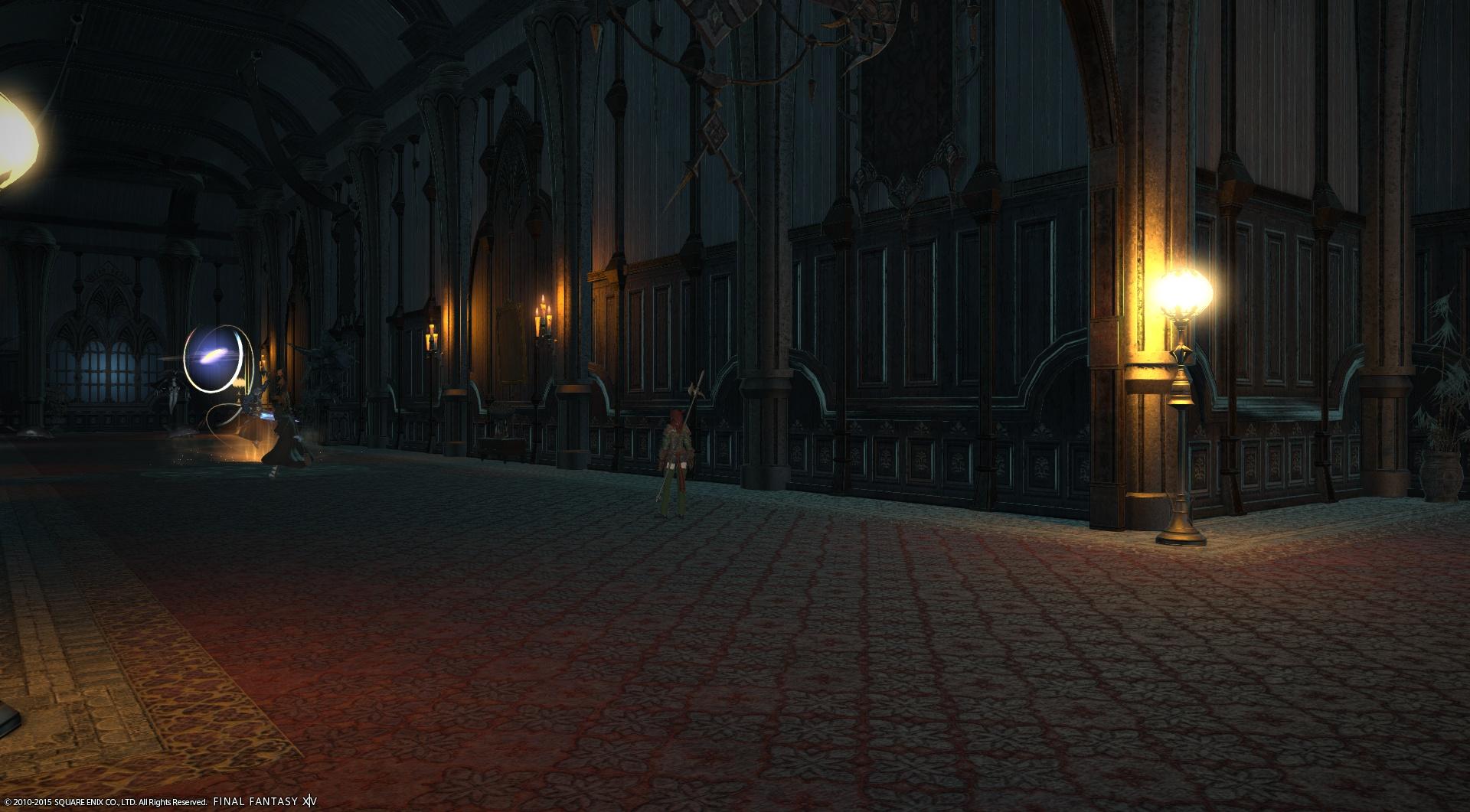 雰囲気のある屋敷内部